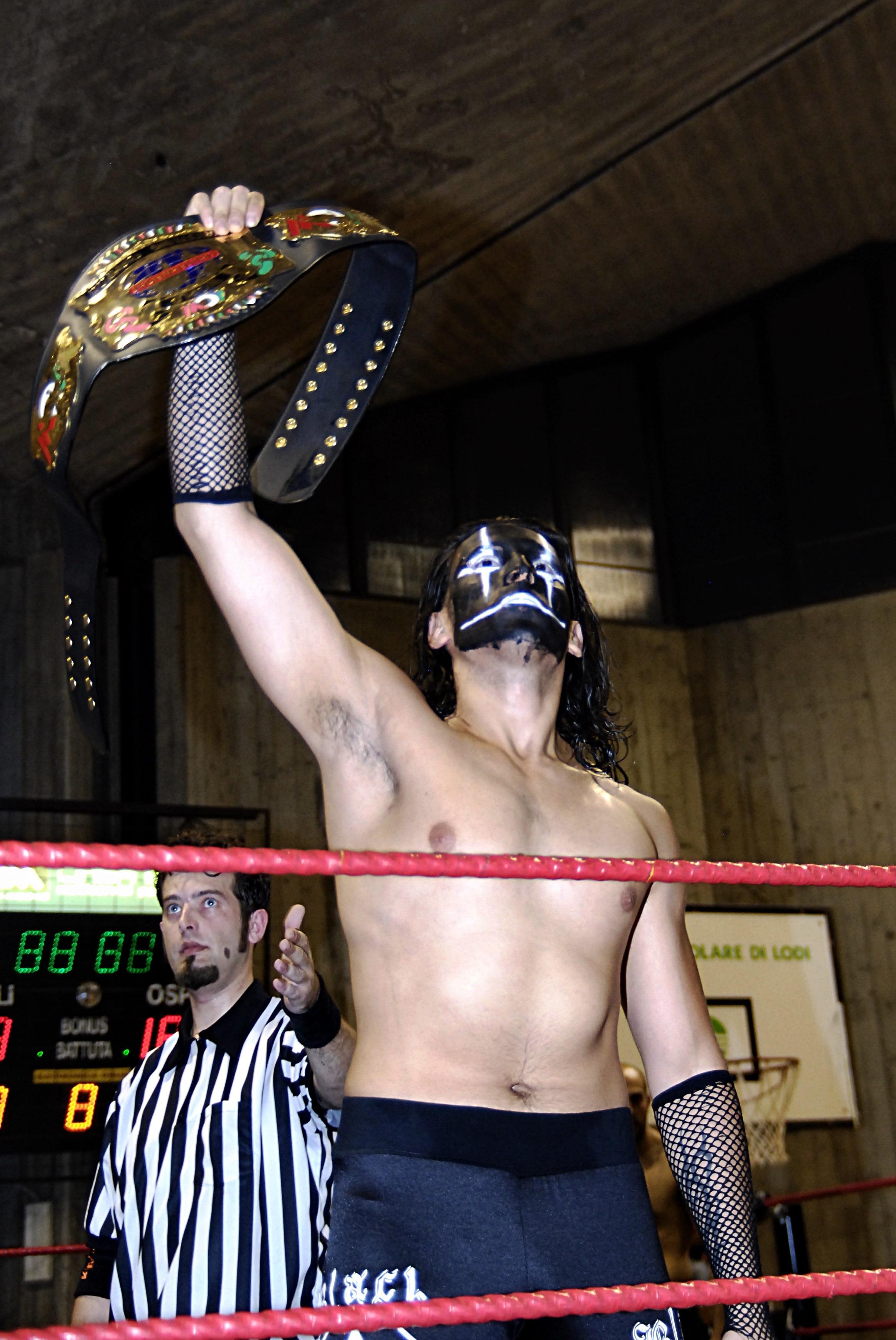 Uno dei pesi leggeri più rivoluzionari della ICW, Black Jack ha lottato allo strenuo delle sue forze in un Match senza squalifiche contro il suo ex compagno di Coppia KOBRA