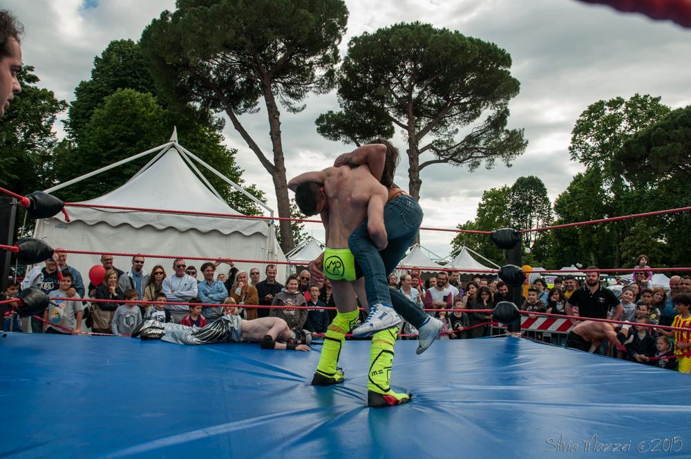 Dopo una serie di incontri finiti per scorrettezze, Max Peach si riscatta con una vittoria su Killer Mask, asrrivata dopo il suo RamPeach