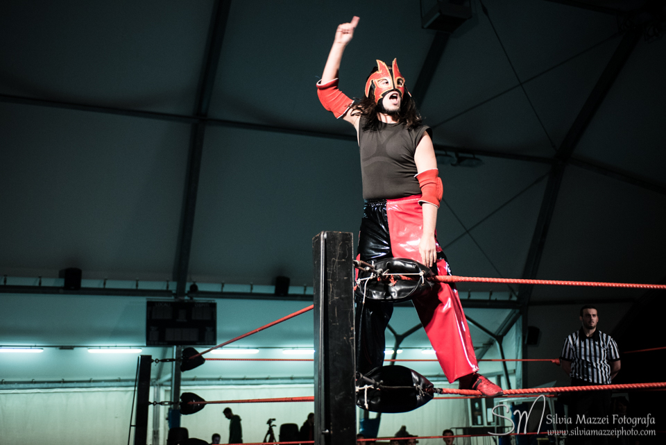 L'impavido Picchio Rosso riesce ad aggiudicarsi una Battle Royal valida per un match contro il Campione Italiano dei Pesi Leggeri