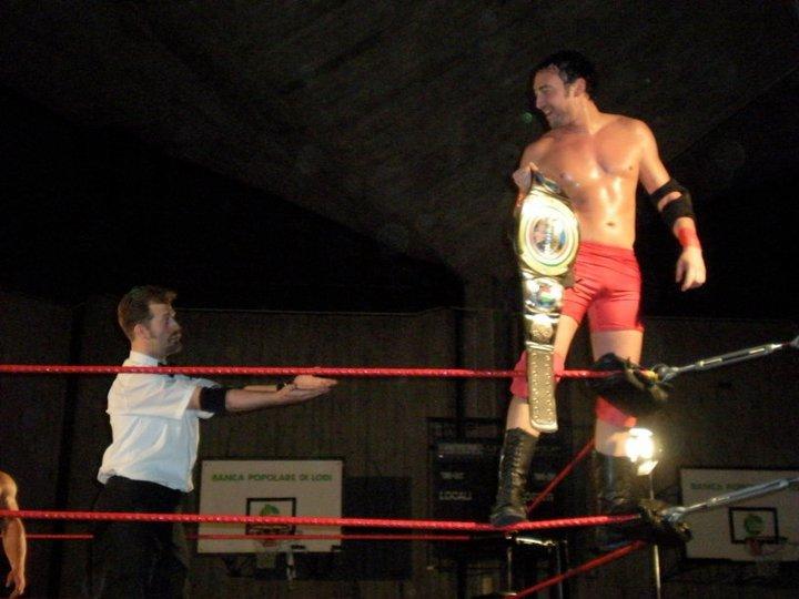 Per ben due volte il Titolo di Campione Italiano di Wrestling è stato nelle mani di KOBRA