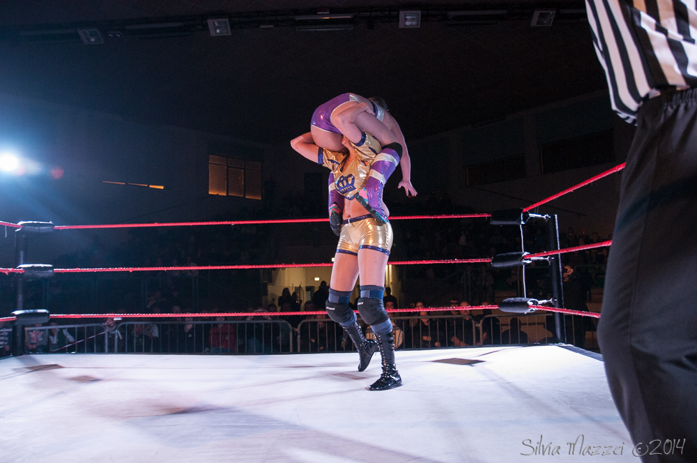 Queen Maya Powerbomb